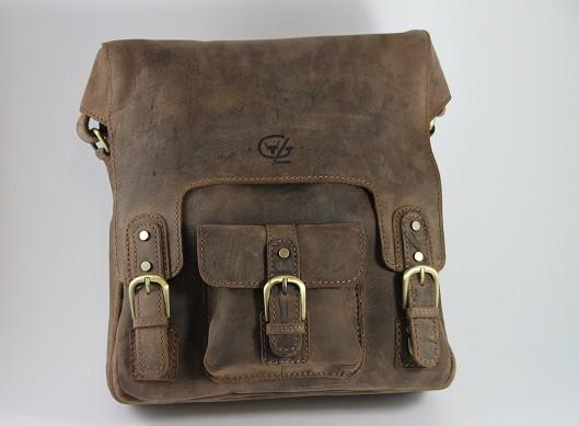 T623 - Collegetasche aus Büffelleder